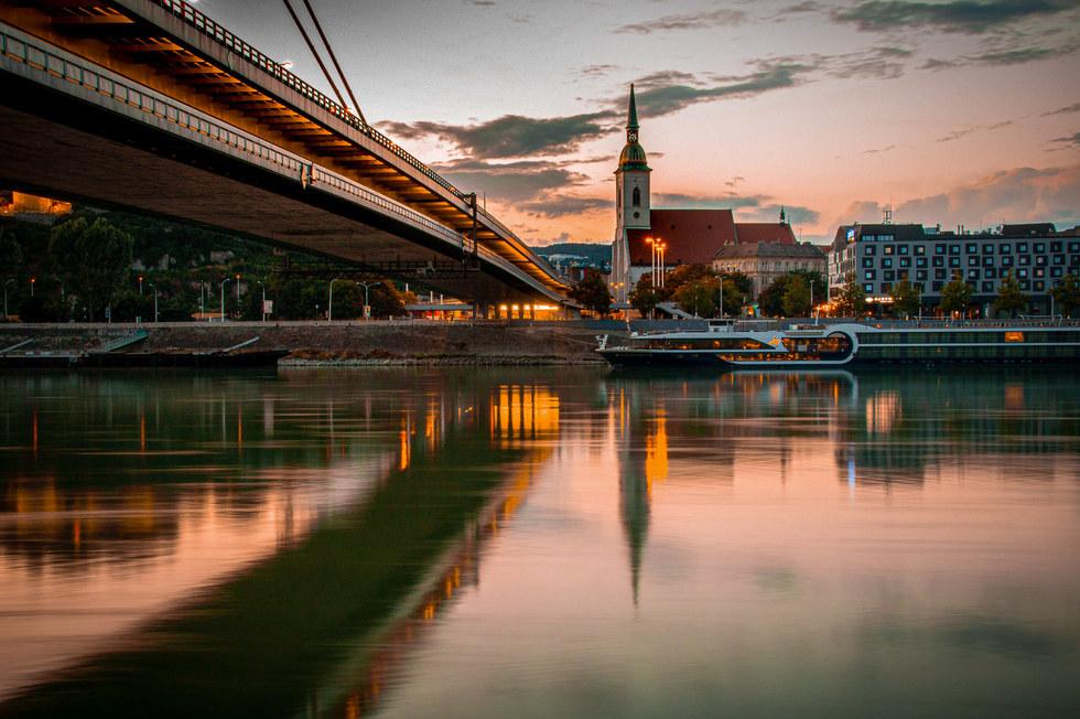 Slovakia, Bratislava, Dunaj.jpg