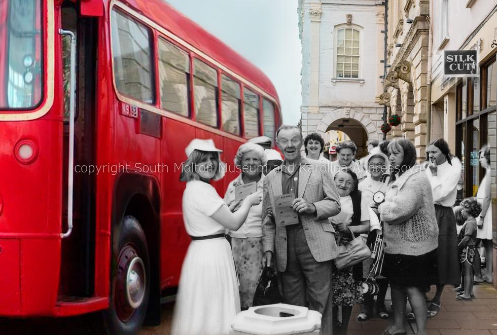 13 the red bus 03 MERGED.jpg