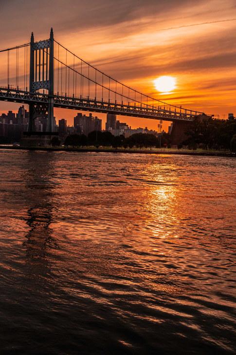 NYC, Queensborough Bridge at sunset.jpg