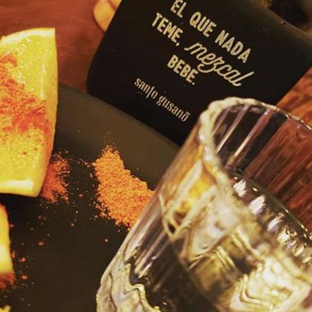 Declaran al Mezcal el alcohol más perfecto del mundo para consumo humano