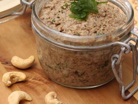 Pastinha vegana de cogumelos e castanha de caju