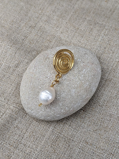 Spiral with Pearl Earring