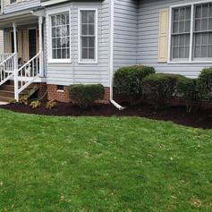 lawn service, edginging, mulching, flowe
