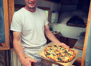 Top Takeaways: Chez Louise Pizza Trailer