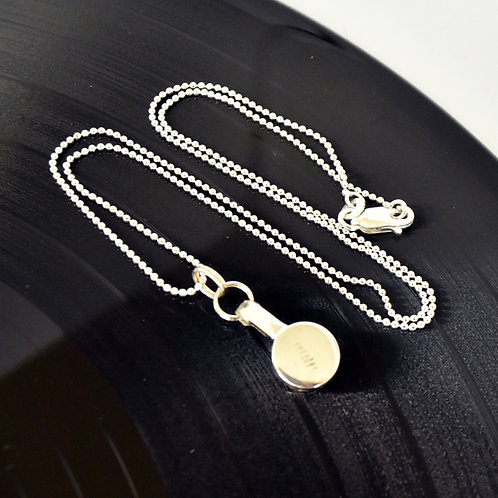 Delicate Piccolo Key Necklace