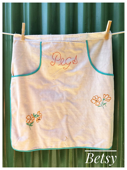 vintage peg apron with trim and embroidery