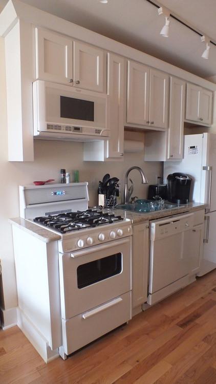 11475_largeapartment_103_kitchen.jpg