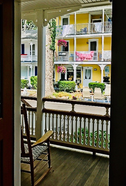 11459_largeapartment_101_view_from_porch
