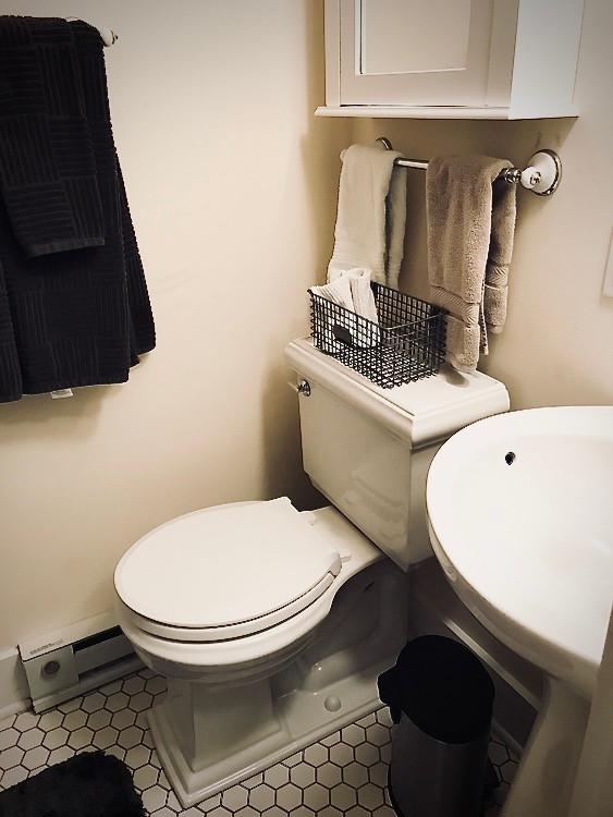 11501_largeapartment_201_master_bathroom