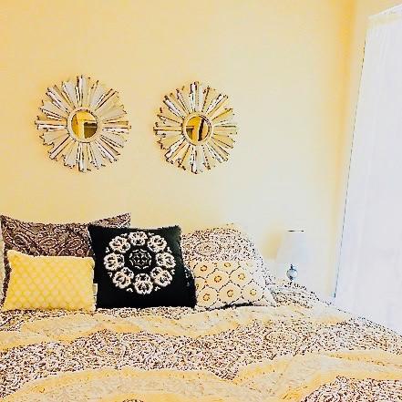 11505_largeapartment_202_bedroom (1).jpg