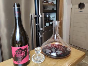 Vous n'êtes pas sommelier? Voici quelques astuces pour servir vos vins et réjouir vos invités...