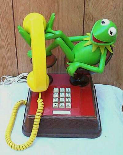 Extremely Rare. Kermit-the-frog phone. Excellent condition. Free Ship.