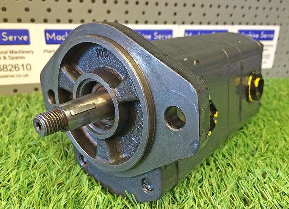 ArmaTrac Tandem Hydraulic Pump