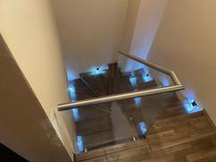 balustrada szklana wewnętrzna schodowa