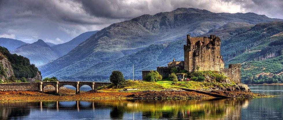 Eilean Donan Castle 1 4.41.28 PM.jpg