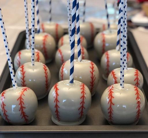 baseball apples