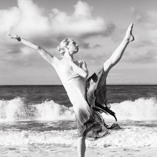 Ballerina01-2.jpg