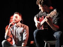 Shades sur scène