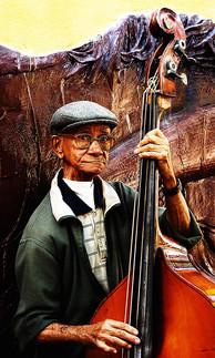 Cuba et l'homme à la contrebasse © niesim