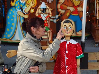 Ma mère et pinocchio, Berlin, Allemagne © niesim
