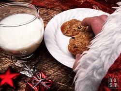 Mais qui mange un biscuit...le Père