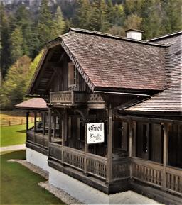 Gretlhütte von der Seite