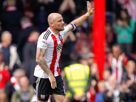 Alan McCormack leaves Griffin Park