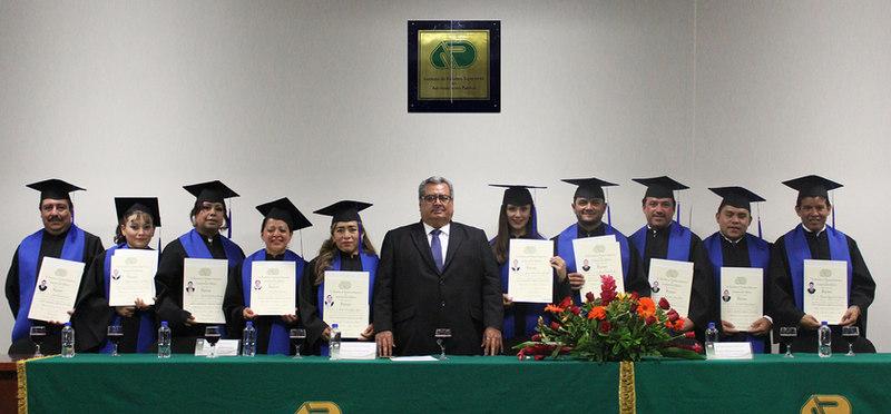 Entrega de diploma Toluca 15_06_18.JPG