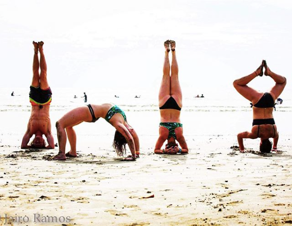 FnEZ's The Final Fiesta Nicaragua NYE Yoga on the Beach Handstand headstand