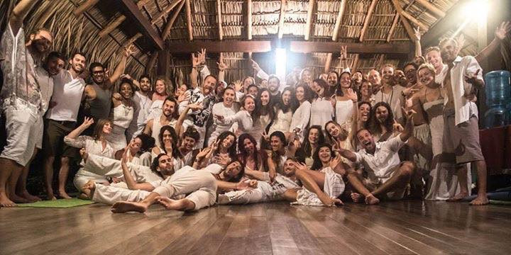 The Unconventional Life familia, all white night, Nicaragua Business Accelerator 2017