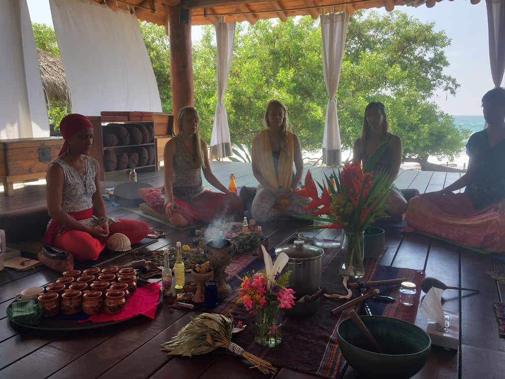 Above: One of our Kula cacao and rapé ceremonies as integrated in our YTT200 hr at the beautiful Present Moment Retreat centre in Troncones, Mexico.