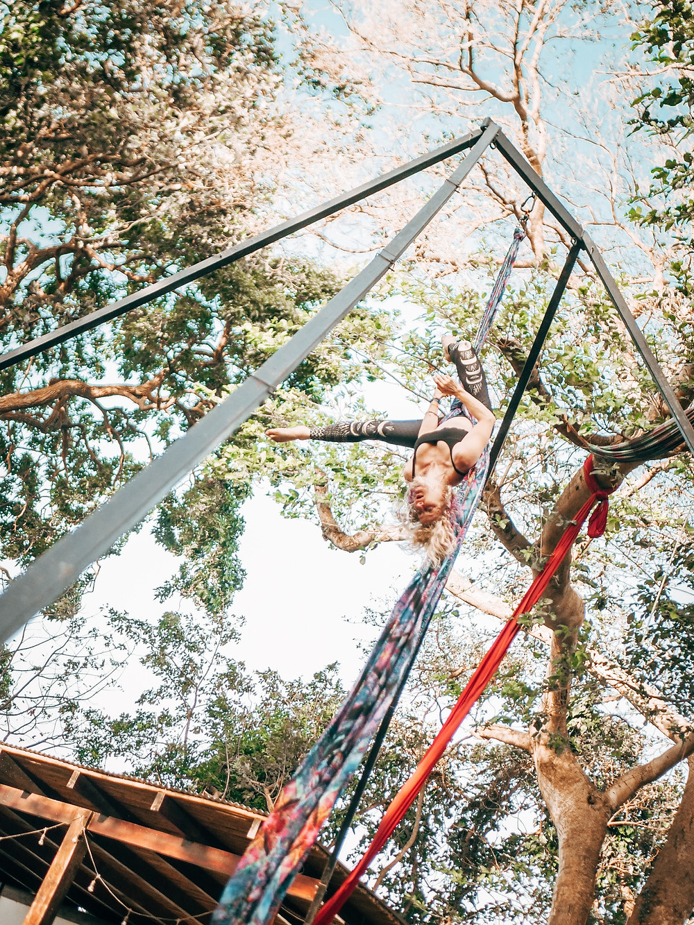Jungle Aerial Silks Janice, Circus Island 2021 - Momentom Collective Artist Residency El Pital Isla Ometepe