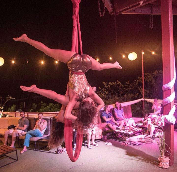 Momentom Collective performs an aerial routine for the Unconventional Life conference at MagRock