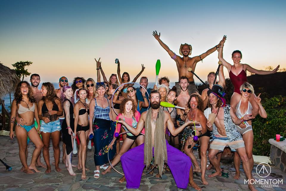 Momentom Collective Circus Artist Residency Casa Nicaragua Paradise Bay - Photo by Daniel Grozdanov