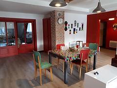 Les Gites du 74R à Senones Vosges, appartement étage 2, le Vintage, pièce à vivre
