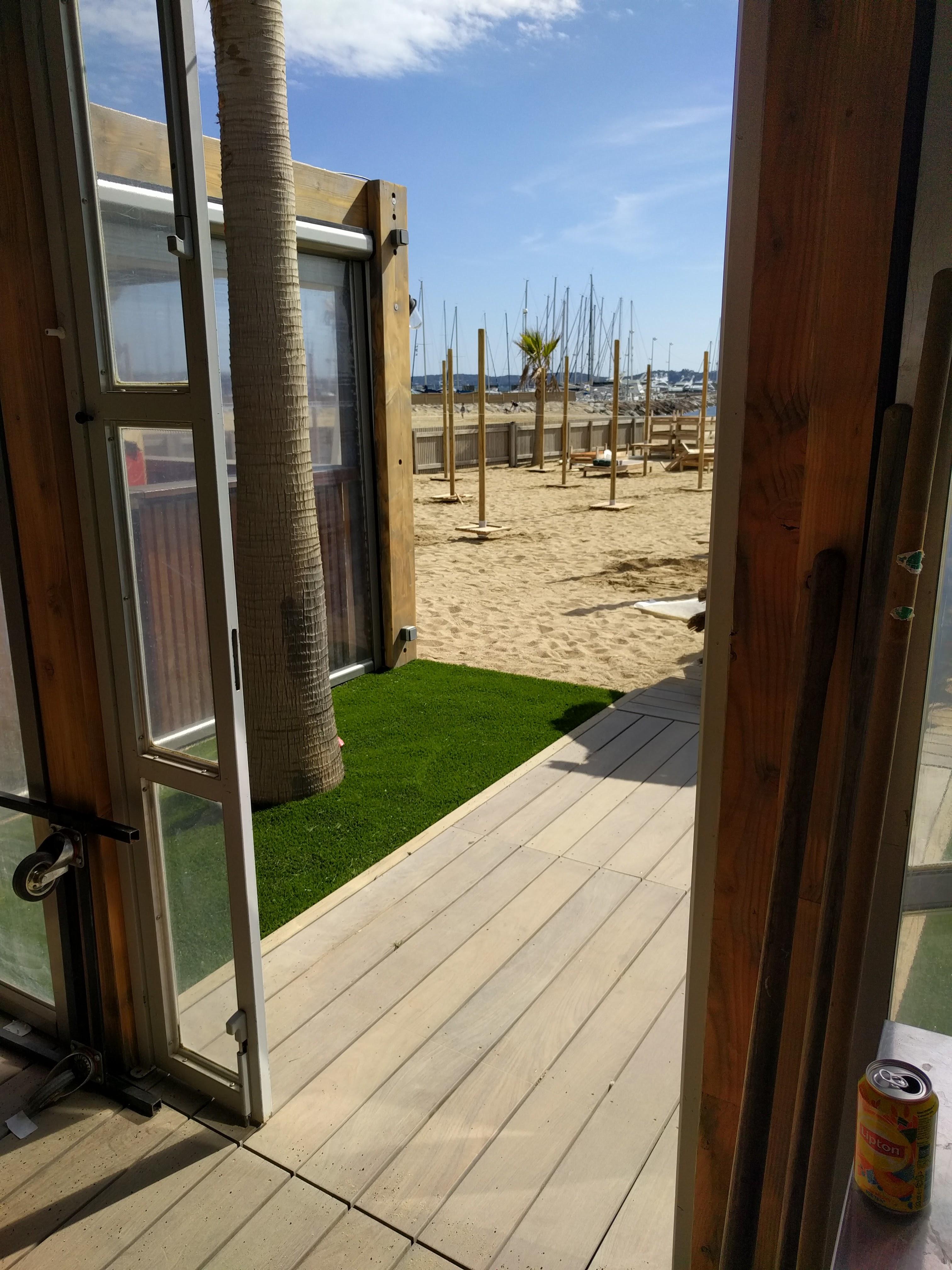 Aanleg Kunstgras, Strand Ste Maxime