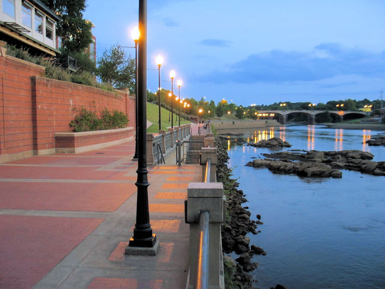 river walk dusk.JPG
