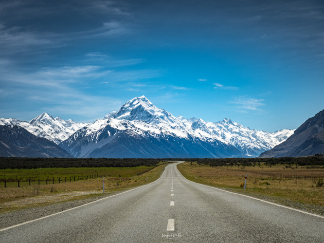 The Road into Aoraki/Mt Cook National Park