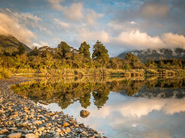 Golden Hour at Lake Moeraki