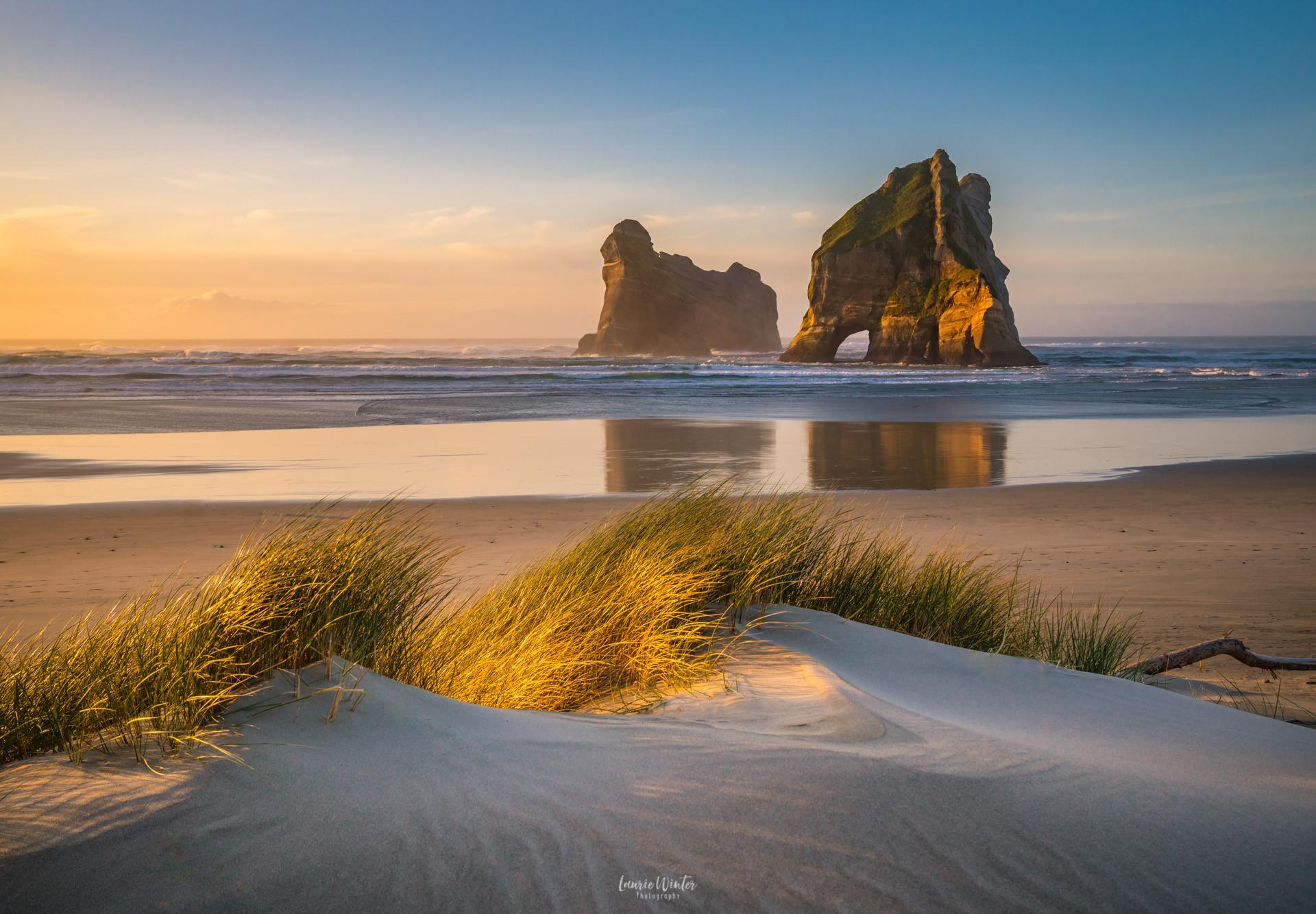 sunset-wharariki-beach-golden-bay.jpg