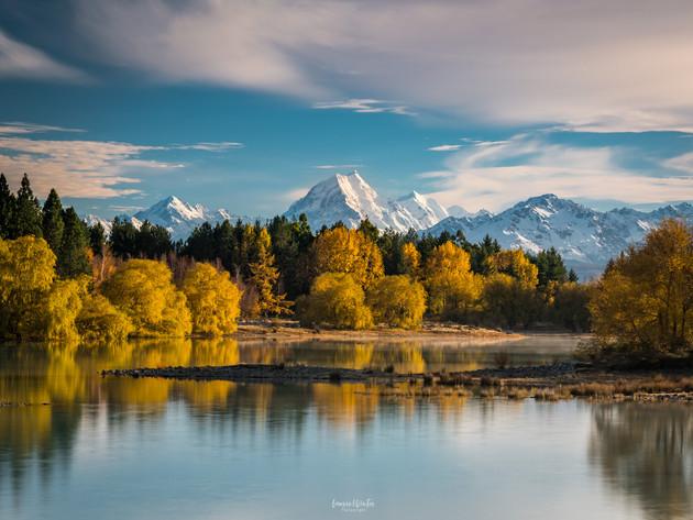 Lake Pukaki and Mt Cook in Autumn