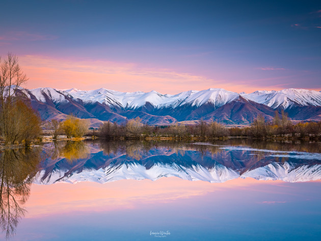 Sunrise Colour at Lake Poaka in Twizel