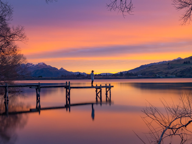 Sunset at Lake Hayes Jetty in Queenstown