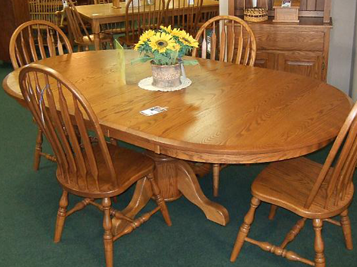 CVO Round Single Pedestal Table with High Paddle Chairs
