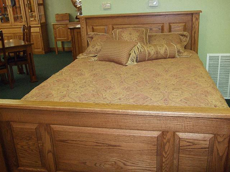 BRI Laurel Hill Bed
