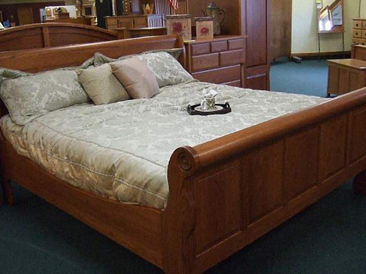 SSF #1 Sleigh Bed