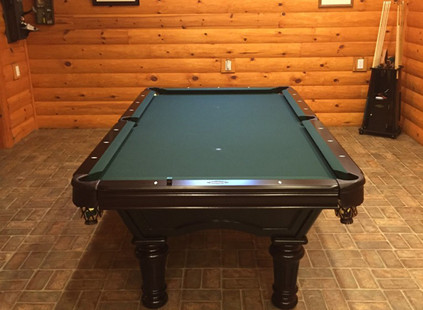 Brunswick Glenwood Traditional Cherry Wood with Timberline-Green Cloth