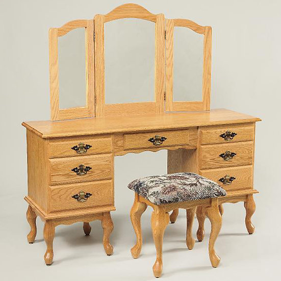 WEA 510 Queen Ann Dressing Table with 811 Stool
