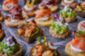 roma-buffet-aperitivo-locale_modificato.