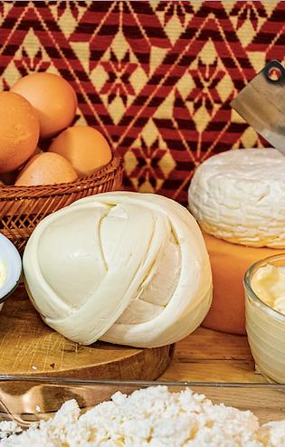 Paquete Premium de Quesos, Lácteos y Huevo